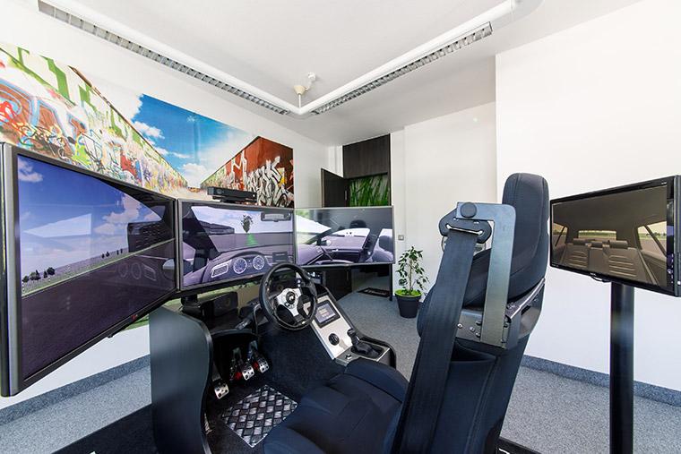 Fahrschule mit Fahrsimulator in Straubing